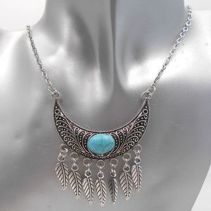 Jewelry - Silver Leaf Turquoise Chain Necklace